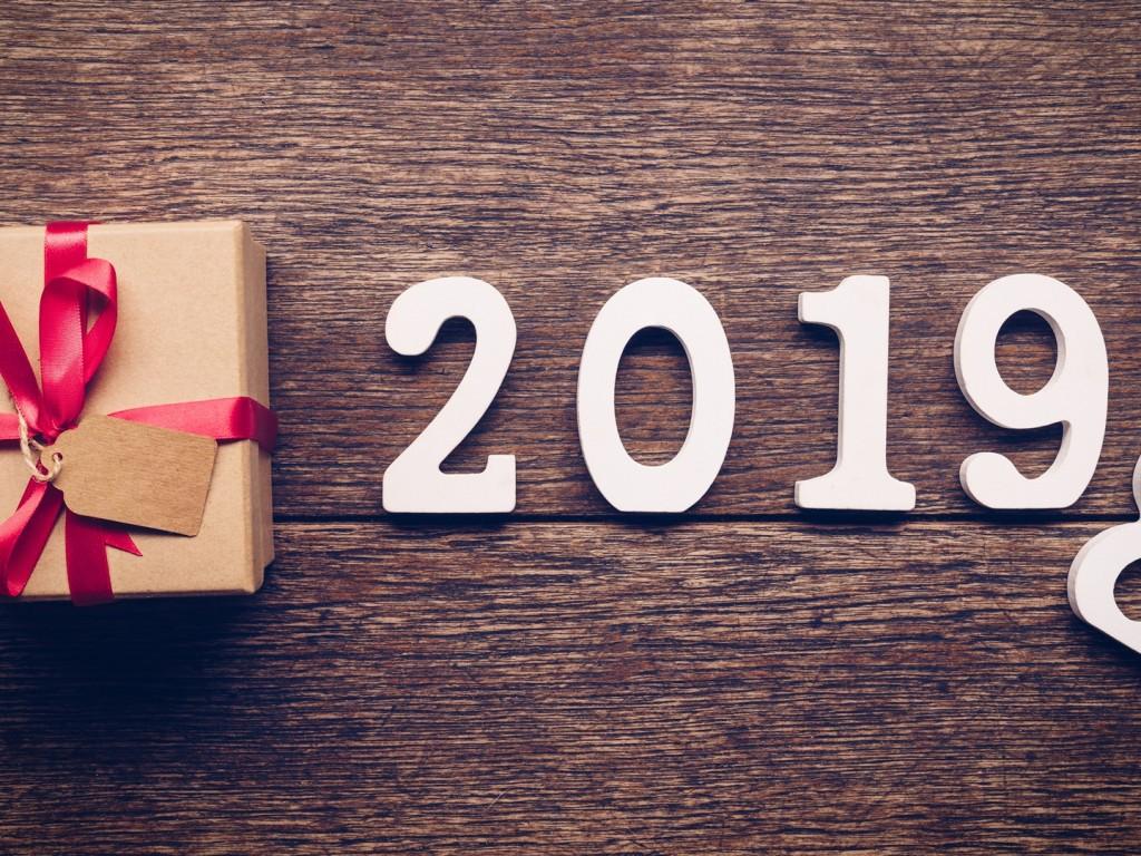 2019-new-year-desktop-wallpaper-38485